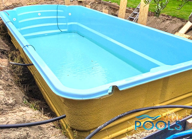 Dreampools the best quality fiberglass pool assembly for Fiberglass pool installation